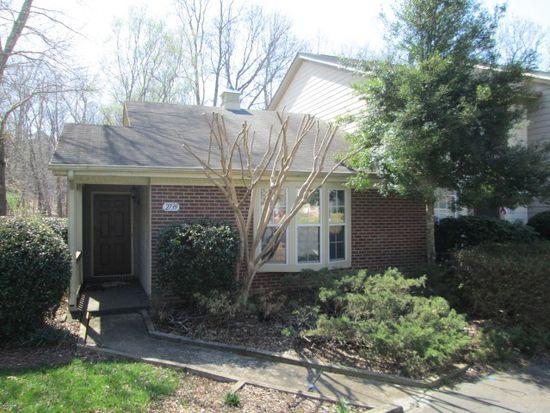 2739 Cottage Pl, Greensboro, NC 27455