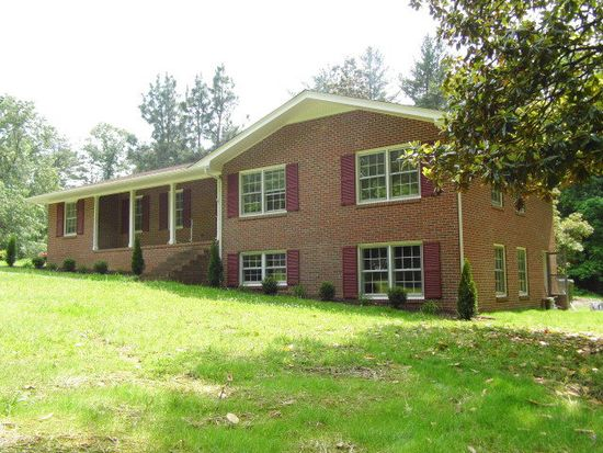 1005 Fifth Ave, Farmville, VA 23901
