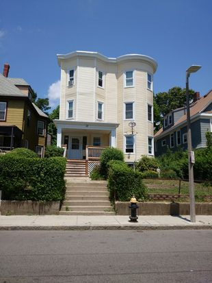 37 Robinson St, Dorchester, MA 02122