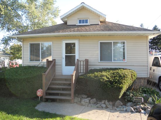 23500 Ardmore Trl, South Bend, IN 46628