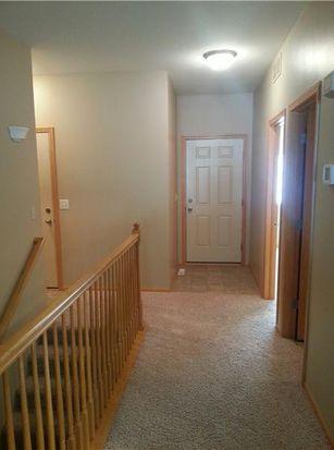 5786 Oakwood Ave NE, Cedar Rapids, IA 52402
