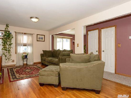 15146 17th Rd, Whitestone, NY 11357