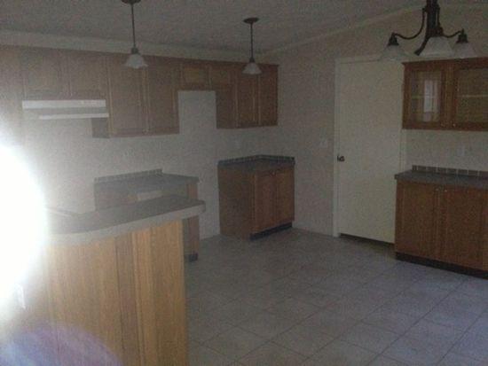 109 Boxwood Ln, Beaver, WV 25813