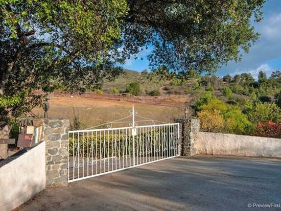 20845 Questhaven Rd, San Marcos, CA 92078
