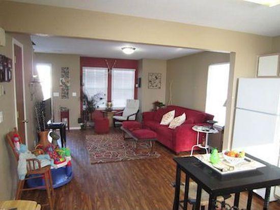 285 N Evergreen St, Gardner, KS 66030