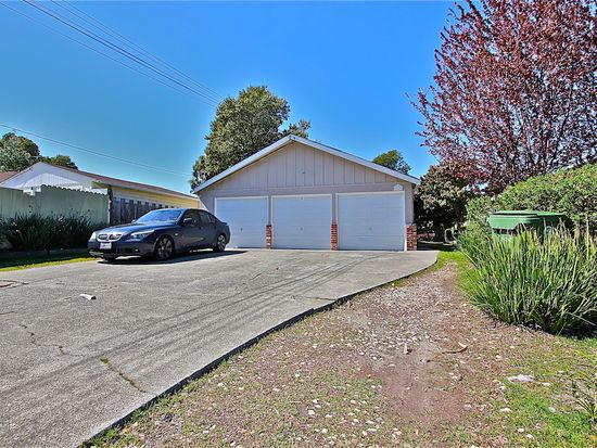 20675 Forest Ave, Castro Valley, CA 94546