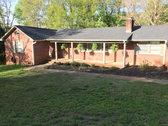 3 Imperial Dr, Greenville, SC 29615