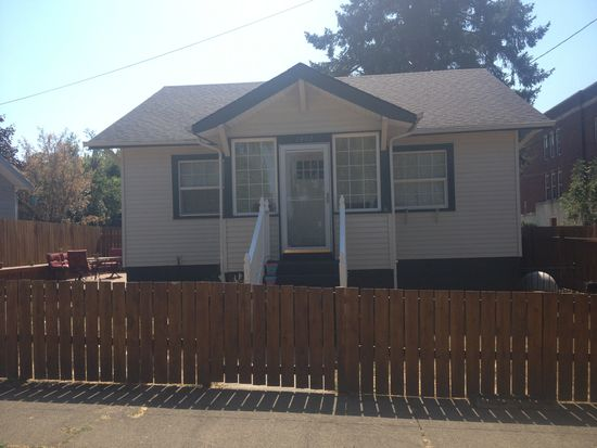 1402 12th St, Oregon City, OR 97045
