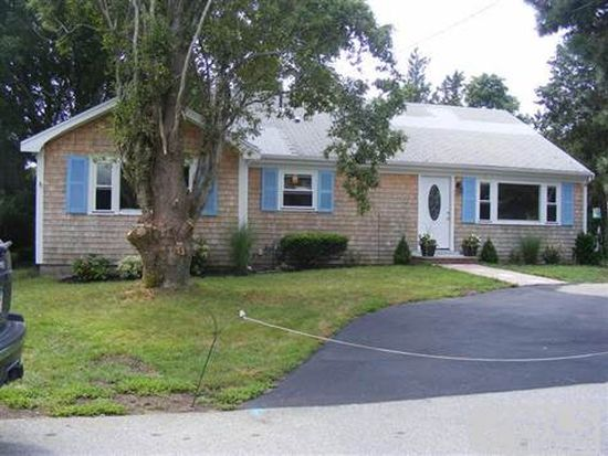 7 Antlers Shore Dr, East Falmouth, MA 02536