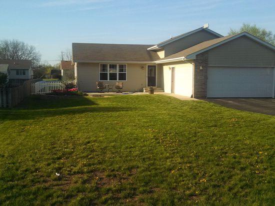 5956 Broad St, Roscoe, IL 61073