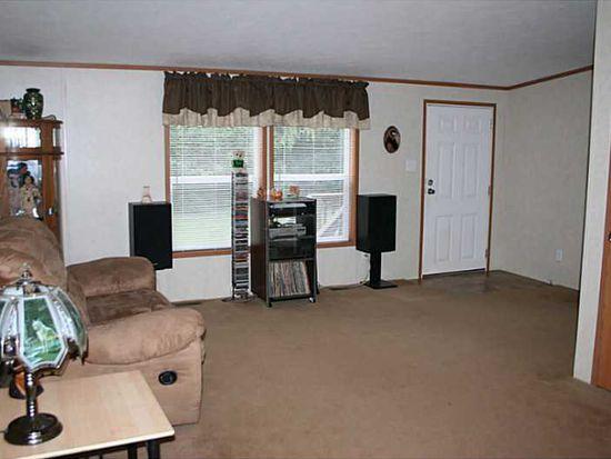 128 Kenyon Ln, Butler, PA 16002