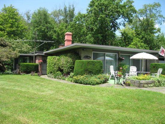 12575 Leslie Rd, Meadville, PA 16335