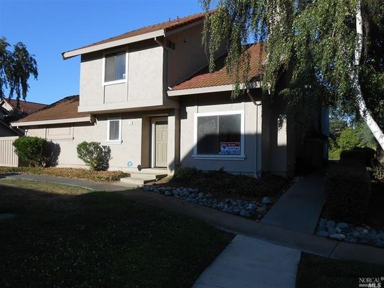 50 Del Prado Cir, Fairfield, CA 94533