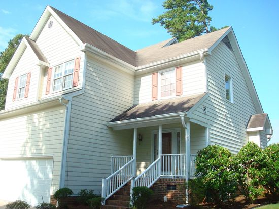106 Brass Ring Ct, Cary, NC 27513