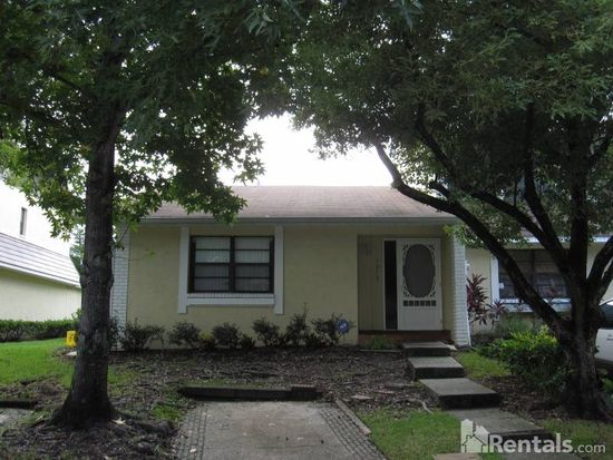 1279 Abbey Crescent Ln, Clearwater, FL 33759