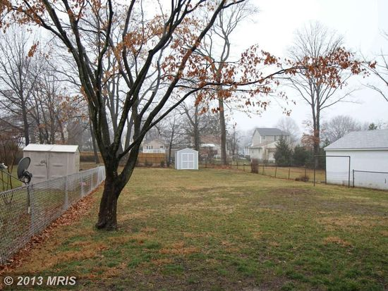8802 Fearne Ave, Baltimore, MD 21234