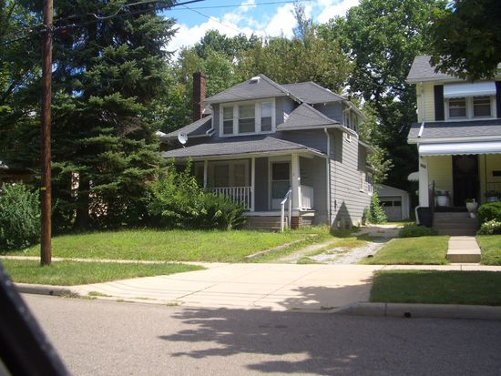 633 Madison Ave, Akron, OH 44320