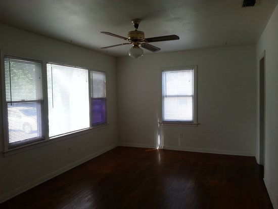 7305 N Highland Ave, Tampa, FL 33604