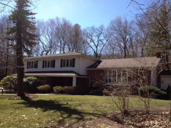 55 Mountain Brook Dr, Cheshire, CT 06410