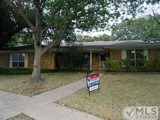 2100 Rosslyn Chapel Ct, Arlington, TX 76012