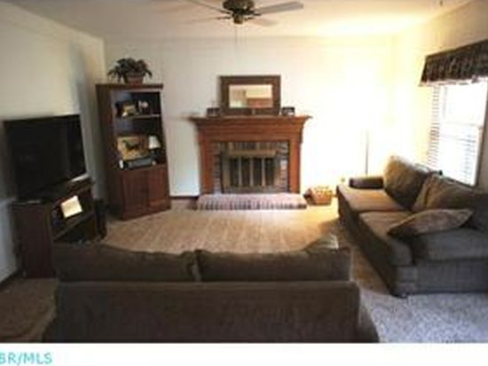 772 Old Coach Rd, Westerville, OH 43081