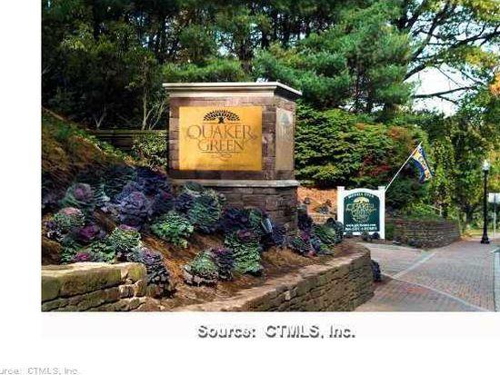 17 Park Place Cir UNIT 17, West Hartford, CT 06110