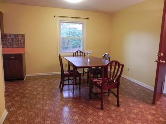 20 Meadowview Rd, Asheville, NC 28804