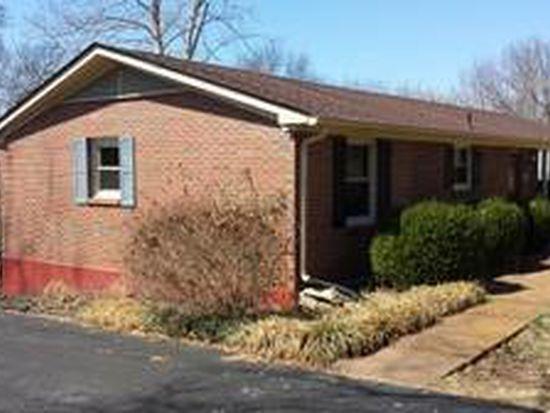 1419 Perkins Ln, Columbia, TN 38401