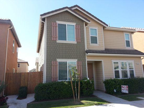 4381 W Artemisa Dr, Fresno, CA 93722