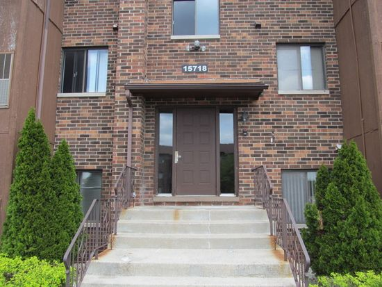 15718 Peggy Ln APT 4, Oak Forest, IL 60452