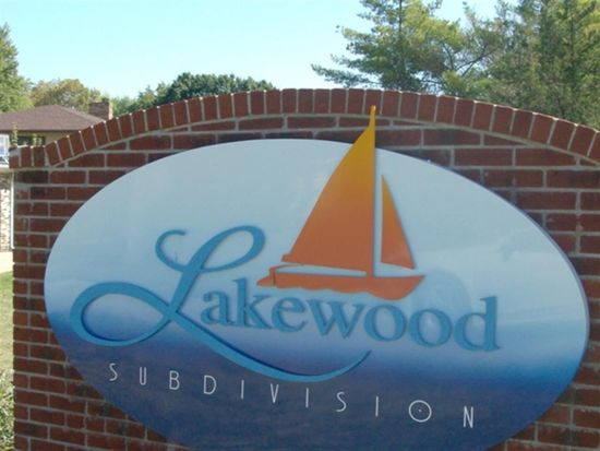 7496 E Lakewood Dr, Terre Haute, IN 47802