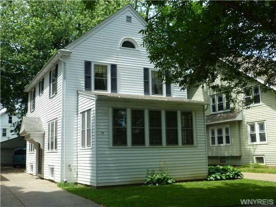 56 Chateau Ter, Amherst, NY 14226