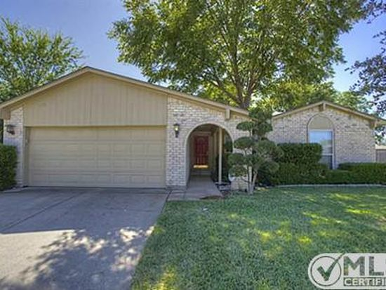 3955 Cypress Wood Ct, Fort Worth, TX 76133