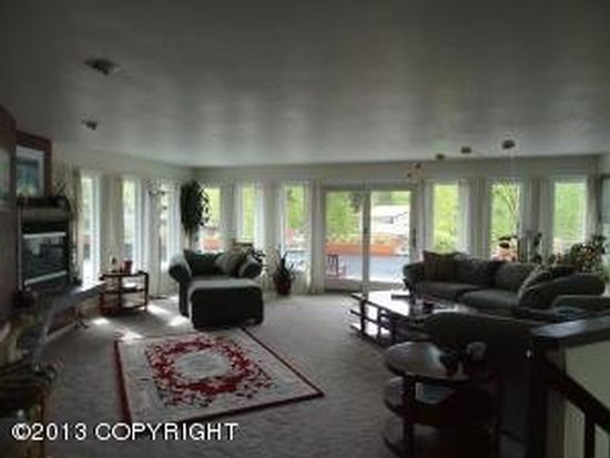 4821 Haru Ln, Anchorage, AK 99517