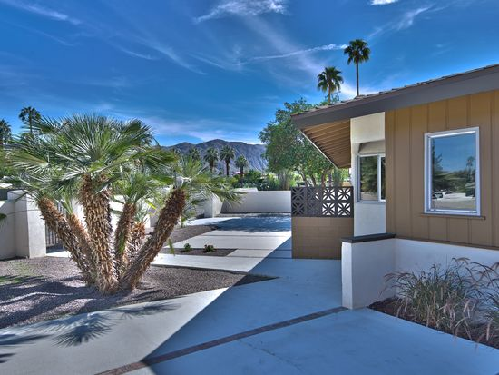 1423 S Sunrise Way, Palm Springs, CA 92264