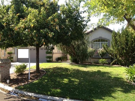 10885 E Clearwater Way, Clovis, CA 93619