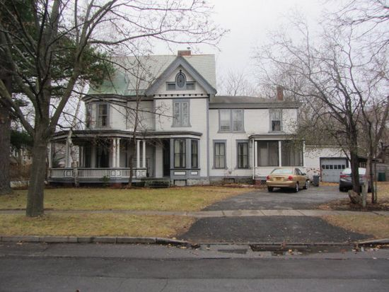 92 Brinkerhoff St, Plattsburgh, NY 12901