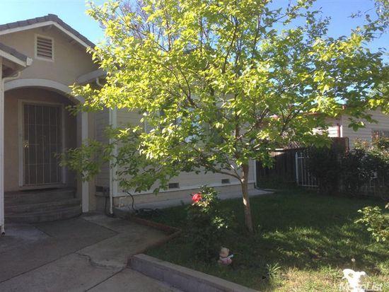 10585 Lambrusca Dr, Rancho Cordova, CA 95670