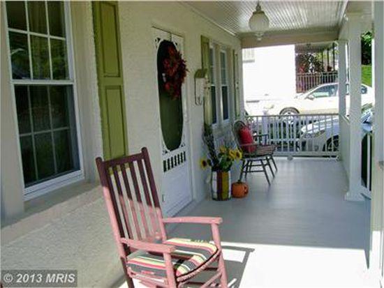 303 N Broad St, Waynesboro, PA 17268