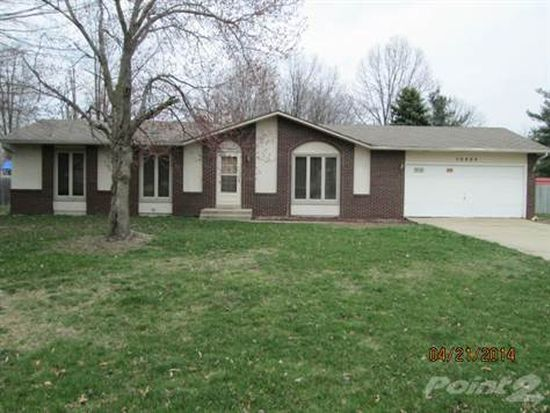 56864 Pinecrest Dr, Elkhart, IN 46516