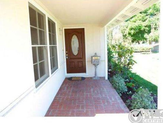 14830 Weddington St, Sherman Oaks, CA 91411