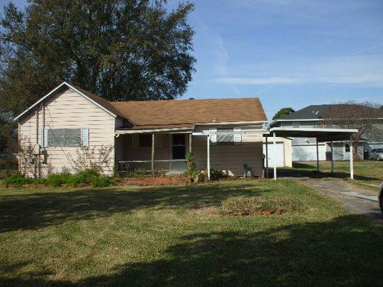 5549 Hogaboom Rd, Groves, TX 77619