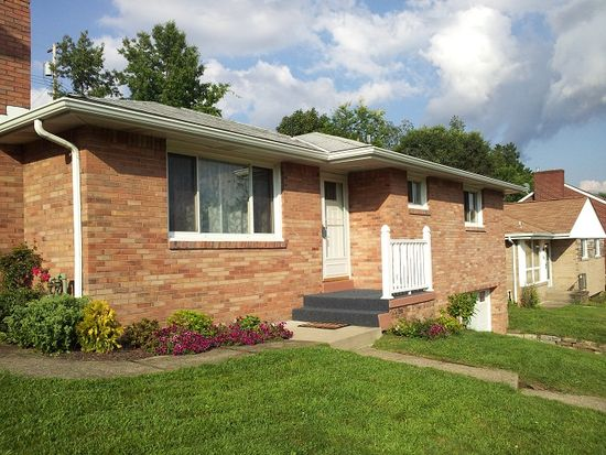 549 Pat Haven Dr, Pittsburgh, PA 15243