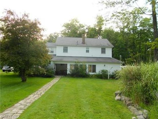 13471 Forest Rd, Burton, OH 44021