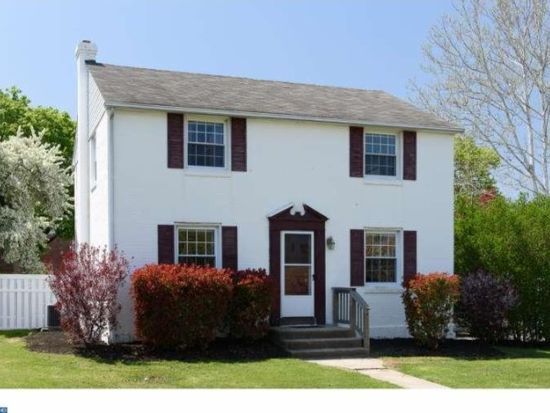 1762 Sterigere St, Norristown, PA 19403