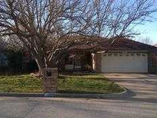 536 NW 168th St, Edmond, OK 73012