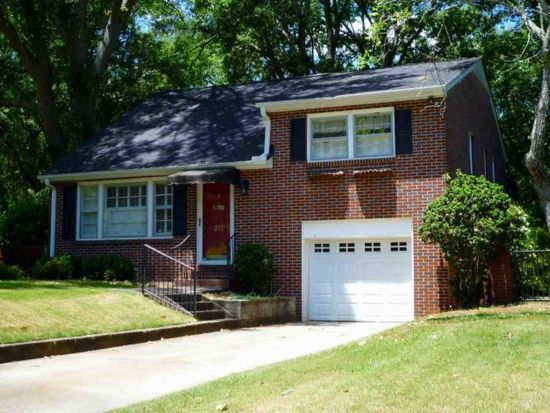 211 Forest Hill Dr, Anderson, SC 29621