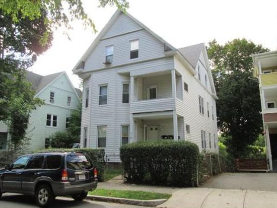 71 Paine St, Worcester, MA 01605