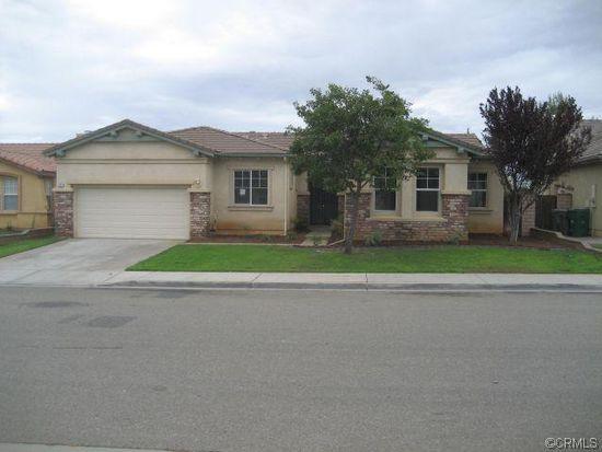 1177 Woodburn Cir, Beaumont, CA 92223
