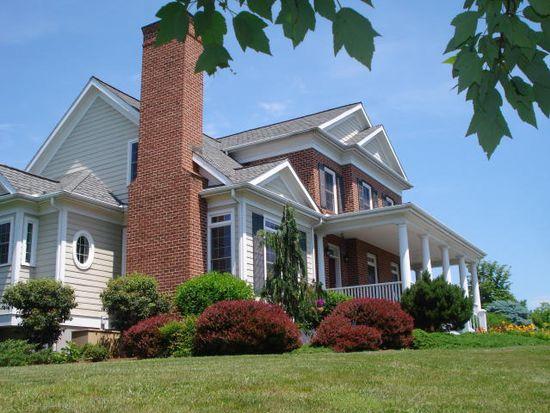 180 Moores School Ln, Lexington, VA 24450